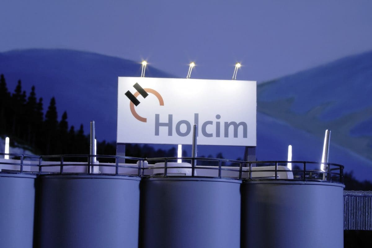 Das Logo von Holcim sehen die Besucher im Miniatur Wunderland nicht nur in der Schweiz, sondern auch in anderen Abschnitten – auf kleinen Fahrmischern, Silolastern und Sattelschleppern.
