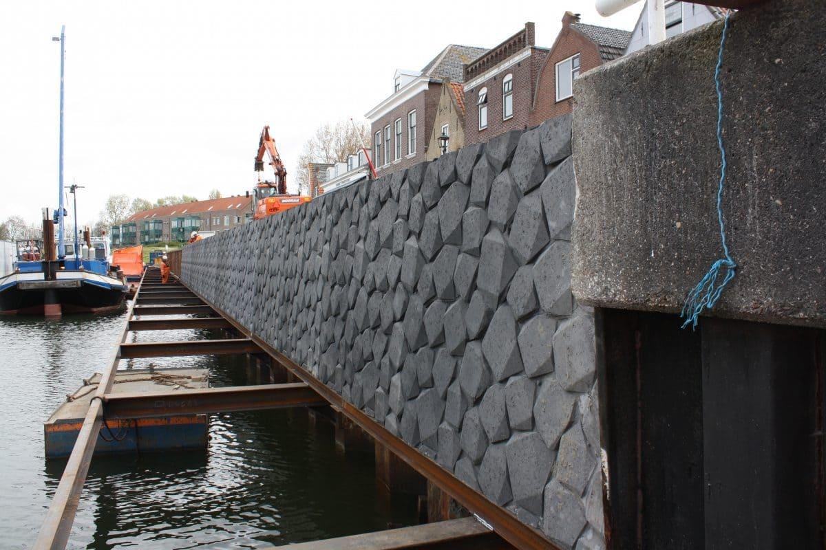 für Rand- und Uferbefestigungen von Kaimauern, aber auch für Fluss- und Seeufer, Hafenanlagen oder Promenaden.