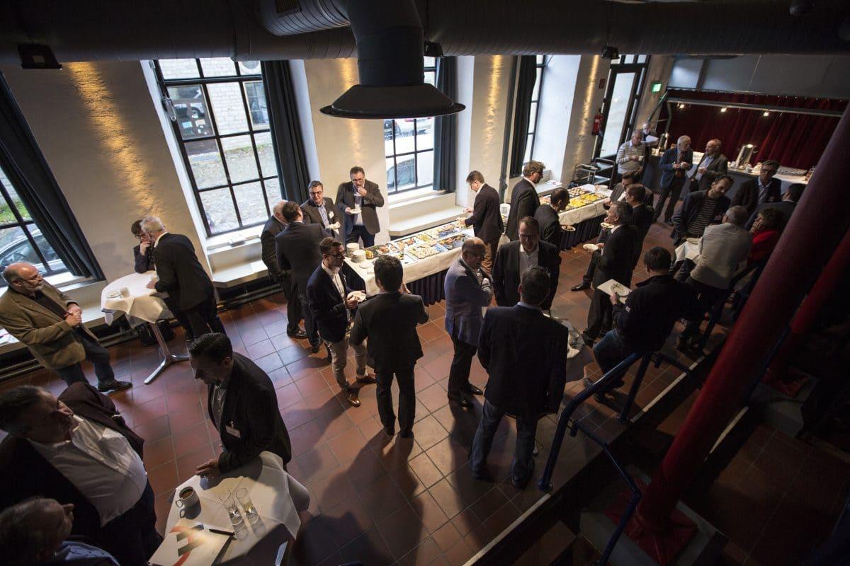 Das Holcim Bau-Forum bietet allen Anwesenden Inspiration und den Raum sowie die Zeit, sich mit Kollegen, Partnern und den Referenten auszutauschen.