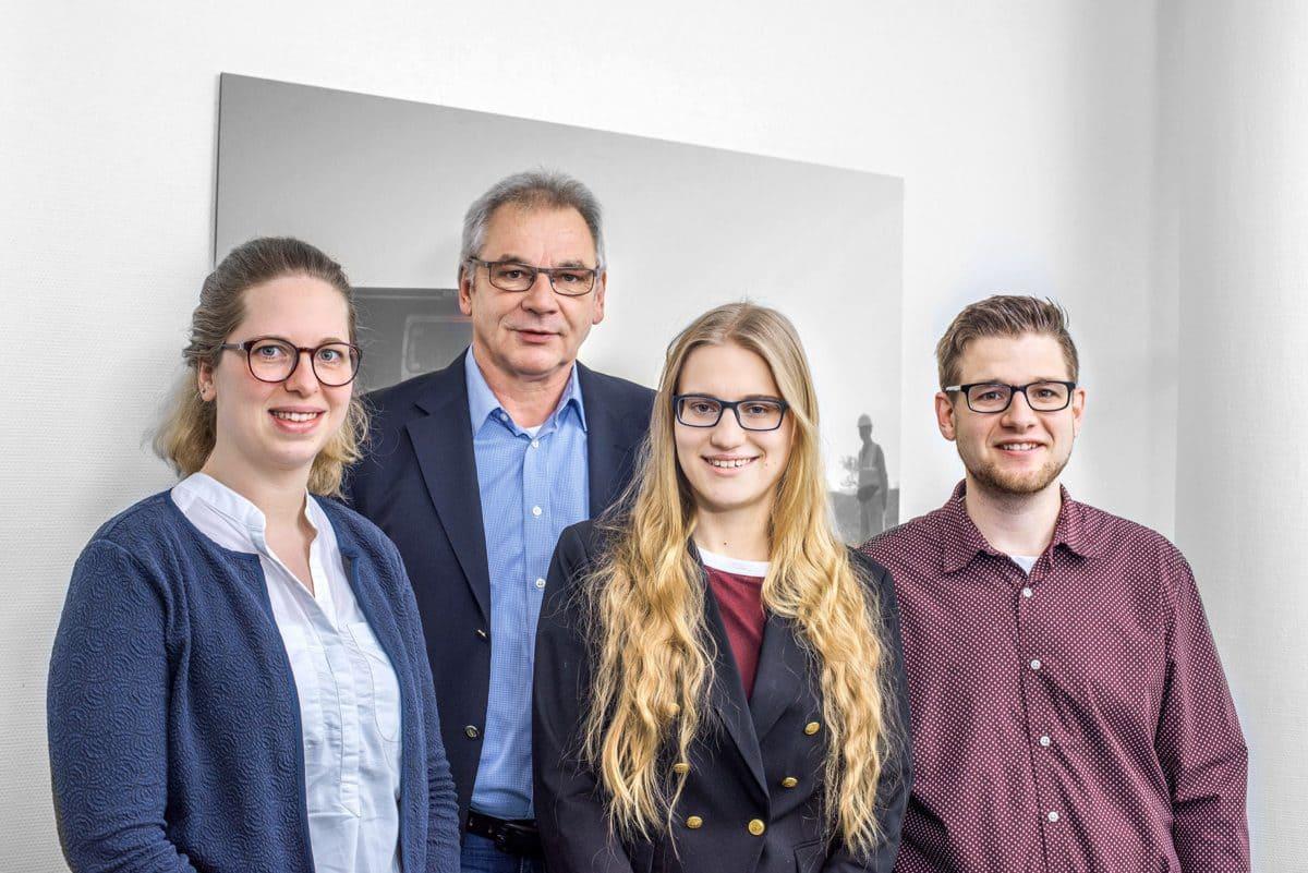 Gyde Sievers, Uwe Goppold, Yana Walkusch und Nico Kemfert.