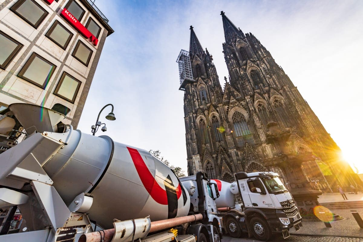 Aufgrund der zentrale Lage der Baustelle erarbeitete Holcim ein durchdachtes Logistikkonzept.