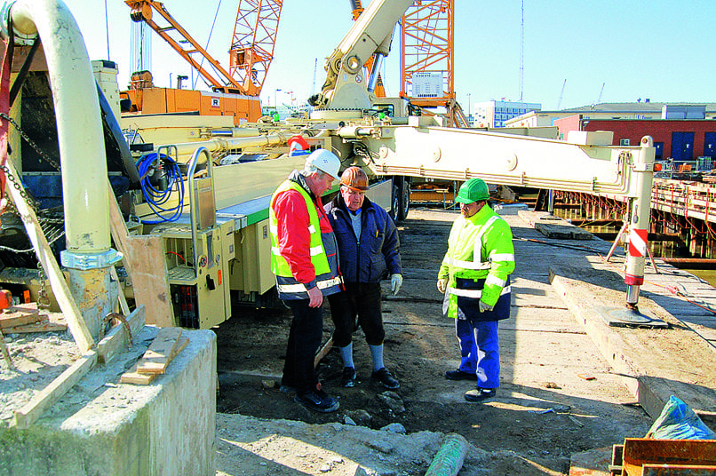 Während der Bauzeit des JadeWeserPorts standen die Produktmanager von Holcim den bauausführenden Unternehmen mit ihrer Expertise zur Seite.