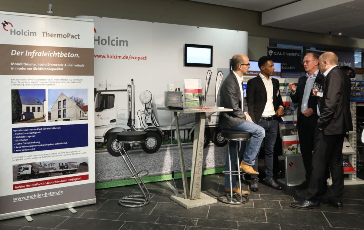 Am Stand von Holcim informierten sich Besucher unter anderem über den neuen Beton EcoPact.